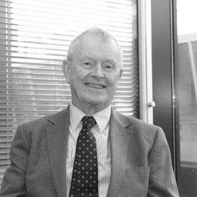 Dr. Eric Farrell